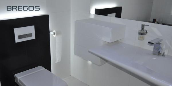 Wodoodporna szafka łazienkowa